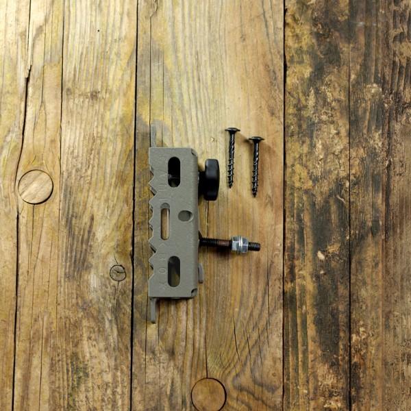 Baumbefestigung mit Kugelgelenk für Stahlgehäuse